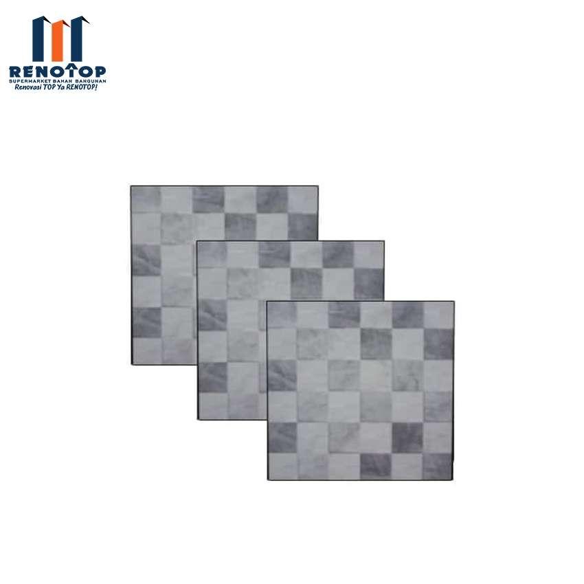 Image Diamond Keramik Lantai WT KW 1 Ginza Grey 25x25cm Dus